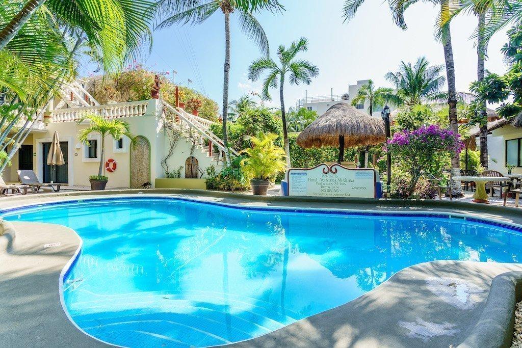 Hermoso Hotel en el Centro de Playa del Carmen a la Venta